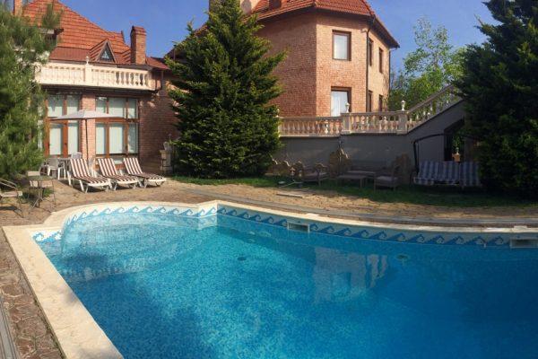7 bedrooms Villa Riviera 2 pools and a sauna